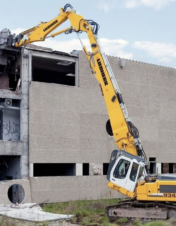 r934-c-demolicion-liebherr