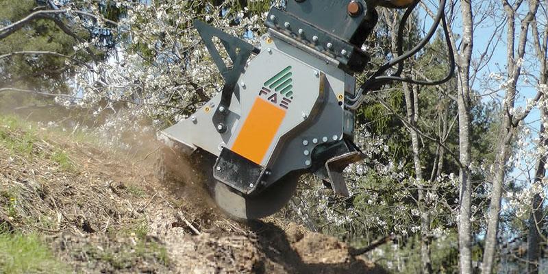 trituradora-de-tocones-para-excavadoras